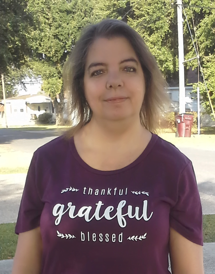 Free Thankful T-shirt