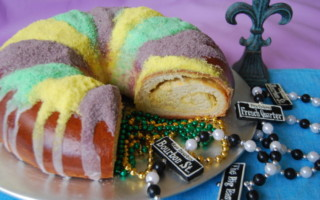 Crown Royal: Free King Cake in Exchange for Mardi Gras Beads!