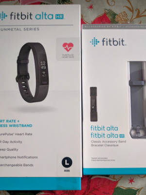 Santa Brings the Gift of Fitness Tracking with the Alta HR FITBIT! #Christmas2017