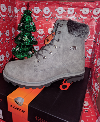 Give the Gift of LUGZ Quality Shoes #Christmas2017 #AD
