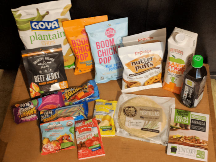 Degustabox April 2018 Food Subscription Box! #ad @DegustaboxUSA #DegustaboxUSA